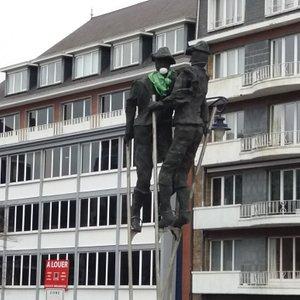 Les échasseurs de Namur