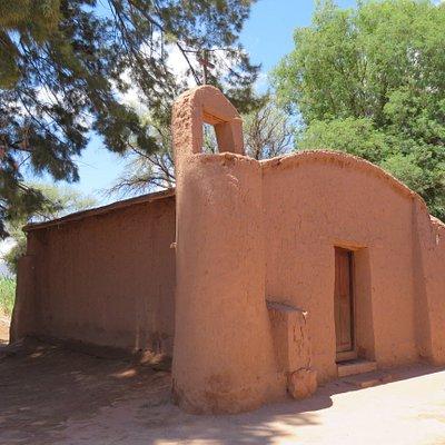 imagen exterior del Oratorio Los Orquera