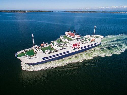 MV Confederation, sailing between Caribou, NS & Wood Islands, PE.