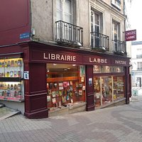 Facade rue Porte-Chartraine et angle avec la rue Saint-Honoré