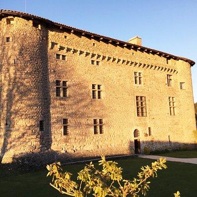 Château de Maisonseule façade Ouest, entrée principale.