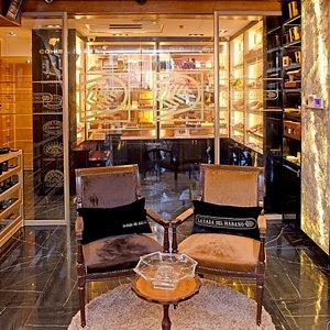 Magnifique endroit pour les amateurs cigars