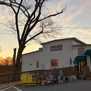 Oak Street Mill Antiques LLC