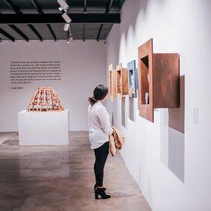 Sculpture gallery at La Nueva Fábrica