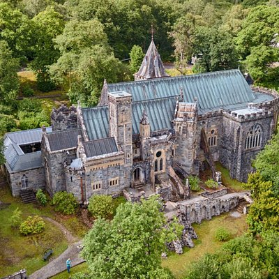 Arial view of the Kirk from the South. Note due to the proximity to the railway drone flying is not permitted by UK law