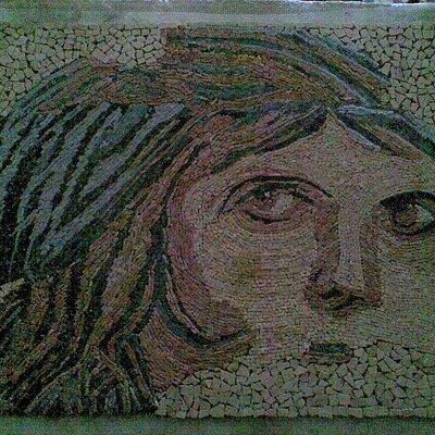 El kırması file üzeri mozaik sanatı