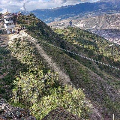 Canopy de 560 metros de Longitud. Se encuentra en el cerro la Picota que es un mirador natural de Ayacucho