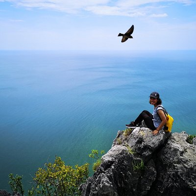 Khao Lom Muak Hike, open to visit 7 times a year