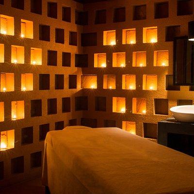 Le Méridien Angkor Spa Treatment Room
