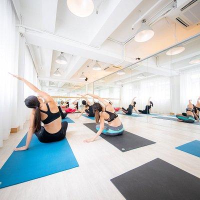Infiniti Fit yoga class