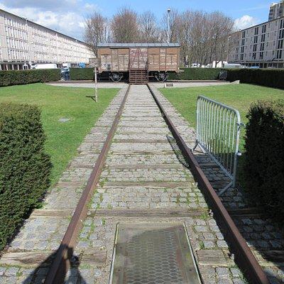 Le wagon au bout du rail