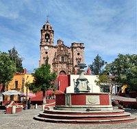 Central plaza with Templo La Valenciana in the background