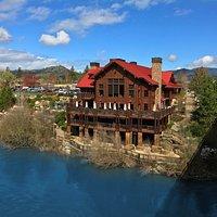 Taprock Northwest Grill - Grants Pass, Oregon - Rogue River