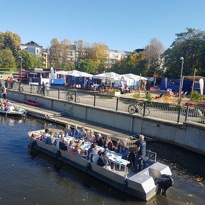 Der Stadthafen Leipzig. Bootsverleih, Motorboot-Rundfahrten, geführte Touren und vieles mehr.