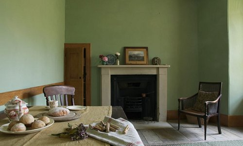 Picture of the housekeeper's room in the basement of 10 Brunswick Square. The cook, housekeeper and butler would have eaten their meals in this room separate from the other servants. Hierarchy was strict within servant ranks.