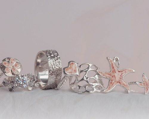 Rings and pendants inspired by Bermuda's nature