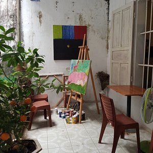 Little gallery on Nguyễn Trường Tộ deicated to Trịnh Công Sơn, Vietnamese ledgendary songwriter, poet and painter.