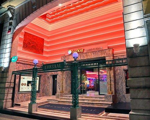 Hall de entrada al LUCKIA Casino Kursaal de Donostia San Sebastian