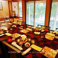 日本皇室成員造訪此餐廳時使用的黃金包廂,可以看到河景,是視野最棒的包廂