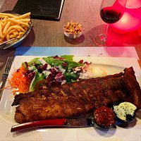 Ribs with salad and big bowl of chips...bring your appetite!