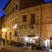 Un angolo meraviglioso di Montepulciano, noi siamo qui