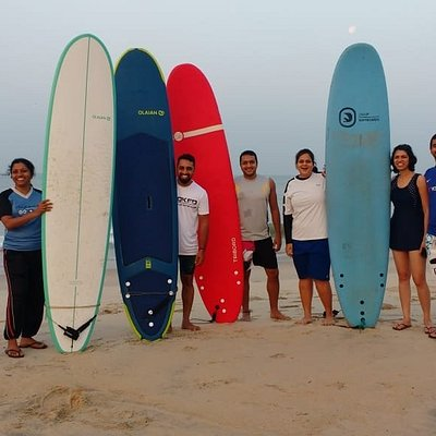 Open minds, kind hearts to teach you surfing!