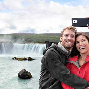 The perfect selfie at Godafoss