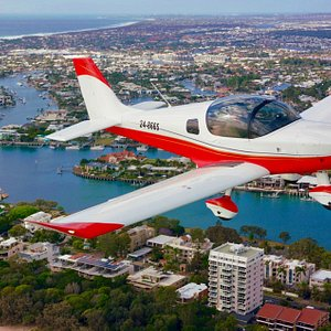 Our 30 min Mooloolaba Magic Flight takes you over the coastline between Caloundra and Mooloolaba.