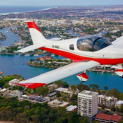 Our 30 min Mooloolaba Magic Flight takes you over the coastline between Caloundra and Mooloolaba.