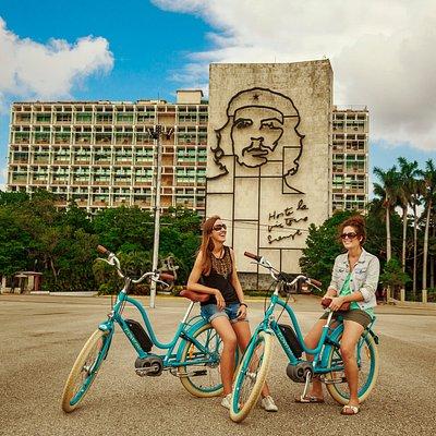 Havana by E-Bike, Plaza de la Revolucion