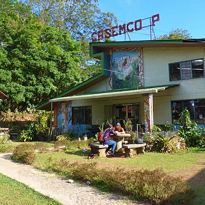CASEMCOOP: Local Women Artisan's Souvenir Shop and Restaurant
