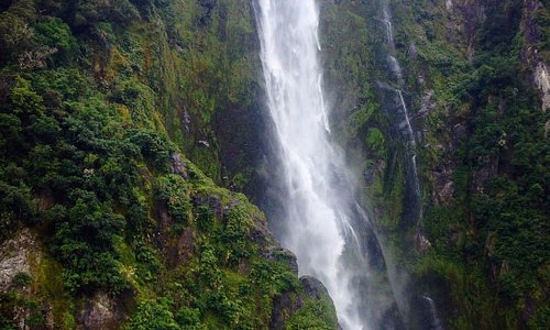 big waterfall right side Milford sound