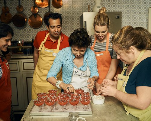 A Day Cooking With the Duchess - The making of watermelon jelly