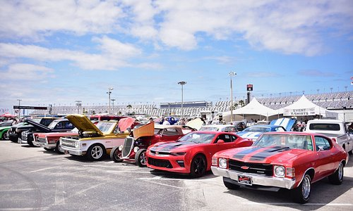 From culture and cuisine to motorsports and music, Daytona Beach has a festival for you! On tap this weekend: Spring Daytona Turkey Run, March 22-24, 2019 at Daytona International Speedway. Here's everything you need to know: http://bit.ly/2Wb0xAQ