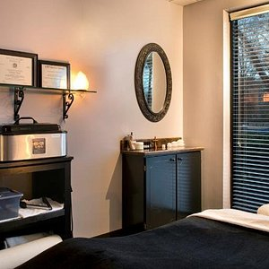 Come enjoy a relaxing full body massage in Rock Hill SC! Options to enhance include: Hot Stones and Foot Scrub.