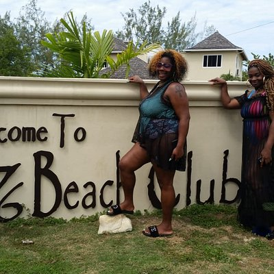 My diva guest at the 876 beach club