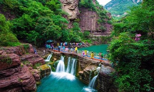 Private Independent Tour to Yuntai Mountain from Luoyang