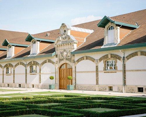 Maison Ruinart - Main courtyard