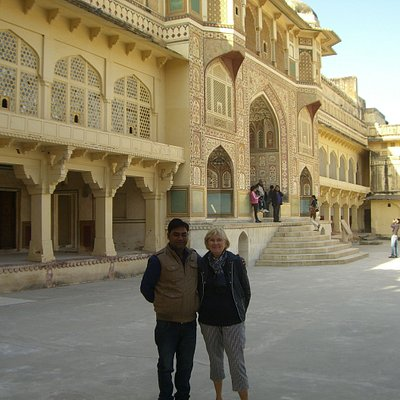 Guide In Jaipur