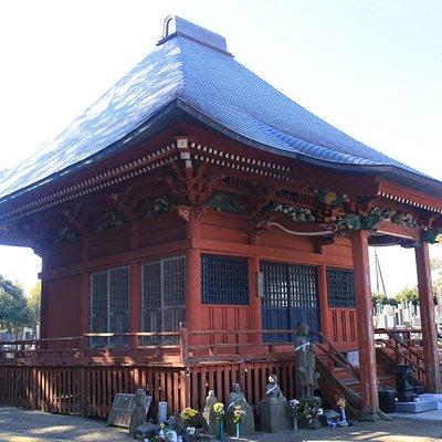 神善寺:朱塗りの釈迦堂