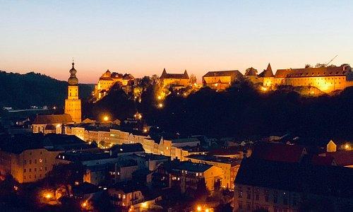 Burghausen, die Perle an der Salzach mit der längsten Burg der Welt (1051m)