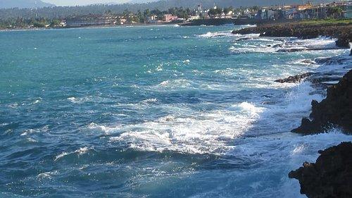 The ever present sea. La perenne vista del mar.