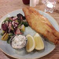 Beer batterd cod with side salad