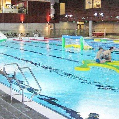 badeleker og aktiviteter