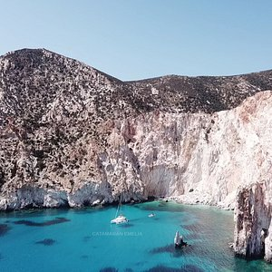 Sailing in the Greek islands. Sail boat cruises with skipper. Family sailing vacations Greece