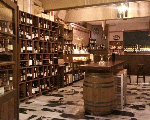 The amazing world of Greek wine awaits you . . .