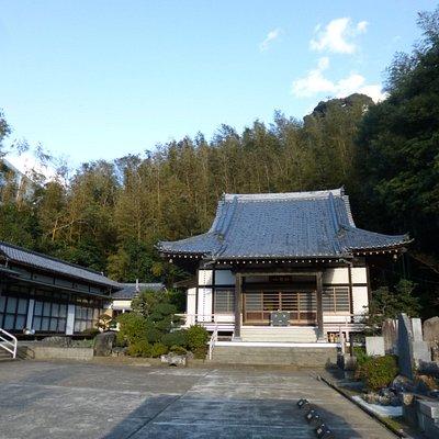 山奥のお寺のような雰囲気でした