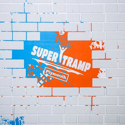 Super Tramp (wall)