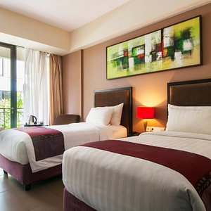 Deluxe room with Balcony twin bed