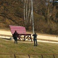 Bench Giant Purple - Monforte d'Alba